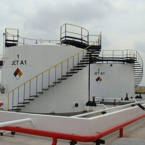 Tanques verticales y horizontales para almacenamiento de fluidos